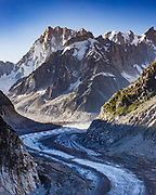 Looking over Mer de Glace from Montenvers. Both fascinating and slightly tragic to see how far and fast the glacier has receded in the past 20 years.