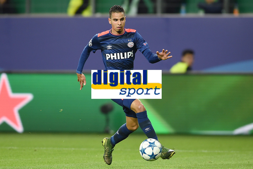 Fotball<br /> 21.10.2015<br /> Foto: Witters/Digitalsport<br /> NORWAY ONLY<br /> <br /> Adam Maher (Eindhoven)<br /> Fussball, Champions League, Gruppenphase, VfL Wolfsburg - PSV Eindhoven 2:0