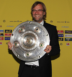 14.05.2011, U-Haus, Dortmund, GER, 1.FBL, Borussia Dortmund Meisterbankett im BildTrainer Jürgen Klopp  mit Meisterschale //   German 1.Liga Football ,  Borussia Dortmund Championscelebration, Dortmund, 14/05/2011 . EXPA Pictures © 2011, PhotoCredit: EXPA/ nph/  Conny Kurth       ****** out of GER / SWE / CRO  / BEL ******