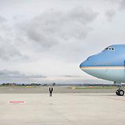 Il Presidente degli Stati Uniti d'America, in partenza con l'Air Force One dall'aeroporto Leonardo Da Vinci al termine della visita in Italia. Fiumicino, Roma, 28 marzo 2014. Christian Mantuano / OneShot