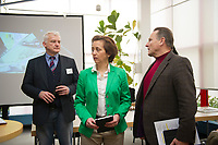 DEU, Deutschland, Germany, Berlin, 13.03.2016: Hugh Bronson (L), stv. Berliner AfD-Landesvorsitzender, mit den beiden Berliner AfD-Landesvorsitzenden Beatrix von Storch und Georg Pazderski beim Landesparteitag der Partei Alternative für Deutschland (AfD) im Kolumbus Hotel.