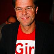 NLD/Hilversum/20100121 - Benefietactie voor het door een aardbeving getroffen Haiti, Mark Rutte