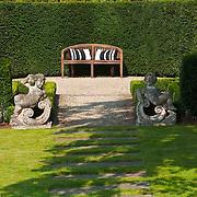 Classic Garden 932