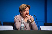 DEU, Deutschland, Germany, Berlin, 25.09.2017: Wahlforscherin Prof. Dr. Renate Köcher (Institut für Demoskopie Allensbach) ) zu den Ergebnissen der Bundestagswahlen.