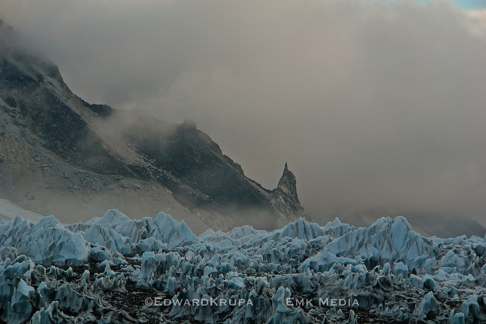 Early morning cloud and the Khumbu ice fall at Everst base camp.