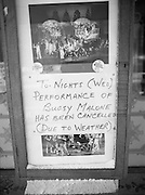 Dublin Snow Scenes.  (R48)..1897..14.01.1987..01.14.1987..14th January 1987..Following unprecedented overnight snow Dublin City almost came to a standstill.There was severe traffic disruption and many events scheduled for city centre venues were cancelled...Picture shows that even the Olympia Theatre had to cancel performances as customers wer unable to get into the venue