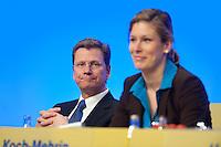 17 JAN 2009, BERLIN/GERMANY:<br /> Guido Westerwelle (L), FDP Bundesvorsitzender, und Dr. Silvana Koch-Mehrin (R), MdEP, Vorsitzende der FDP im Europaparlament, Europaparteitag der FDP, Estrel Convention Center<br /> IMAGE: 20090117-01-033<br /> KEYWORDS: party congress