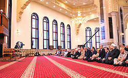 17.07.2015, Kairo, EGY, Fastenmonat Ramadan, Praesident Abd al Fattah as Sisi, im Bild der Ägyptische Praesident Abd al-Fattah as-Sisi beim beten // A handout picture provided by the Office of the Egyptian President shows the Egyptian President, Abdel Fattah al-Sisi prayers on the first full day of the Muslim holiday of Eid al-Fitr, which marks the end of the holy fasting month of Ramadan, at the Hussein Tantawi Mosque, Cairo, Egypt, 17 July 2015. Most Muslims around the world have begun celebrating the three day festival marking the end of the holy fasting month of Ramadan, known as Eid al-Fitr, set to start 17 or 18 July, and celebrated with prayers, readings from the Koran, and gatherings with family and friends, Egypt on 2015/07/17. EXPA Pictures © 2015, PhotoCredit: EXPA/ APAimages/ EGYPTIAN PRESIDENT<br /> <br /> *****ATTENTION - for AUT, GER, SUI, ITA, POL, CRO, SRB only*****