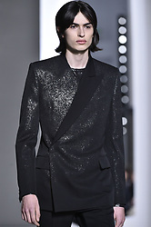 January 22, 2019 - Paris, FRANCE - Givenchy.. Model On Catwalk, Paris Haute Couture Fashion Week 2019 HC Ready To Wear For Spring Summer, Defile, Fashion Show Runway Collection, Pret A Porter, Modelwear, Modeschau Laufsteg Sommer, France, .PARHS19 (Credit Image: © FashionPPS via ZUMA Wire)