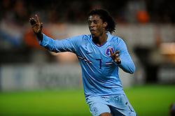 17-11-2009 VOETBAL: JONG ORANJE - JONG SPANJE: ROTTERDAM<br /> Nederland wint met 2-1 van Spanje / Georginio Wijnaldum scoort de 2-0 met een practige kopbal<br /> ©2009-WWW.FOTOHOOGENDOORN.NL