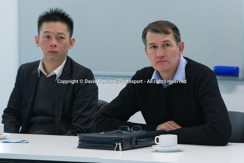 Mr Chien-Hsing (Johnson) Chen and Brisbane Lord Mayor Graham Quirk listen to a briefing at AUT whilst on the Brisbane Lord Mayoral Business Mission, Auckland, New Zealand, Saturday 29 June 2013.  Photo: David Rowland/Photosport