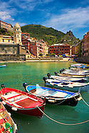 Photo of the fishing port of Manarola, Cinque Terre National Park, Liguria, Italy .<br /> <br /> Visit our CINQUE TERRE PHOTO COLLECTIONS for more  photos  to download or buy as prints https://funkystock.photoshelter.com/gallery/Cinque-Terre-Pictures-Photos-of-Cinque-Terre-Italy/G0000gYEYY_aCqgI/C0000qxA2zGFjd_k<br /> If you prefer to buy from our ALAMY PHOTO LIBRARY  Collection visit : https://www.alamy.com/portfolio/paul-williams-funkystock/vernazza-cinque-terre.html .<br /> <br /> Visit our ITALY HISTORIC PLACES PHOTO COLLECTION for more   photos of Italy to download or buy as prints https://funkystock.photoshelter.com/gallery-collection/2b-Pictures-Images-of-Italy-Photos-of-Italian-Historic-Landmark-Sites/C0000qxA2zGFjd_k