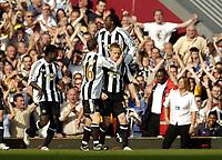 Photo: Olly Greenwood.<br />West Ham United v Newcastle United. The Barclays Premiership. 17/09/2006. Newcastle's Damien Duff celebrates scoring
