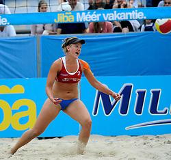 06-06-2010 VOLLEYBAL: JIBA GRAND SLAM BEACHVOLLEYBAL: AMSTERDAM<br /> In een koninklijke ambiance streden de nationale top, zowel de dames als de heren, om de eerste Grand Slam titel van het seizoen bij de Jiba Eredivisie Beach Volleyball - Marielle Kloek<br /> ©2010-WWW.FOTOHOOGENDOORN.NL