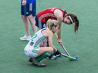 AMSTELVEEN - teleurstelling bij Nicola Daly (Ier)  na  de wedstrijd dames , Ierland-Engeland (1-5) bij het  EK hockey , Eurohockey 2021 rechts Laura Unsworth (Eng) .COPYRIGHT KOEN SUYK