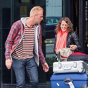 NLD/Schiphol/20130417 - Ireen Wust en nieuwe partner aankomst op Schiphol