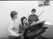 Seapoint Ladies At Korean Ambassadors Residence. (R95)..1989..02.02.1989..2nd February 1989..At the Korean Ambassadors residence in Monkstown, Co Dublin, two ladies from Seapoint attended for a musical morning with the Ambassador's wife, Madam Lee...Pictured at the Korean Ambassador's residence for a musical recital were the Ladies from Seapoint and Madam Lee, The wife of the Ambassador.