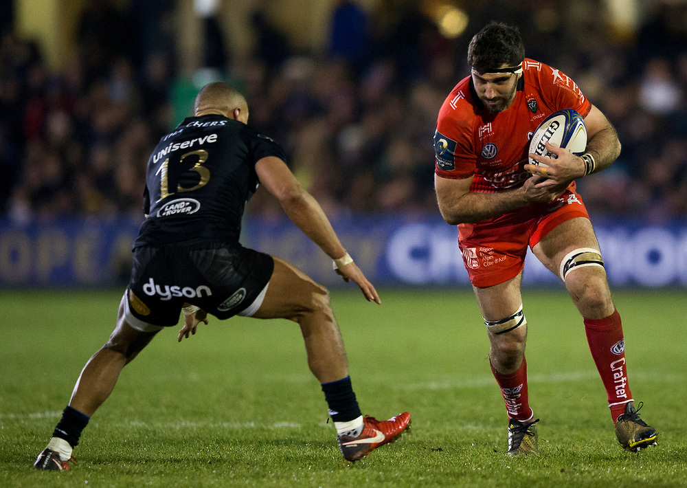 Toulon's Juan Martin Fernandez Lobbe in action during todays match<br /> <br /> Photographer Bob Bradford/CameraSport<br /> <br /> European Rugby Champions Cup Pool 5 - Bath Rugby v Toulon - Saturday 16th December 2017 - The Recreation Ground - Bath<br /> <br /> World Copyright © 2017 CameraSport. All rights reserved. 43 Linden Ave. Countesthorpe. Leicester. England. LE8 5PG - Tel: +44 (0) 116 277 4147 - admin@camerasport.com - www.camerasport.com