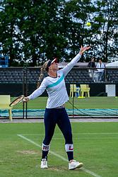 13-06-2019 NED: Libema Open, Rosmalen<br /> Grass Court Tennis Championships / Training Kiki Bertens with her coach Raemon Sluiter