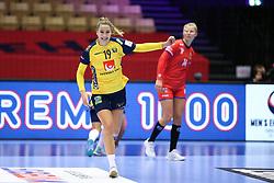 HERNING, DENMARK - DECEMBER 3, 2020: Anna Lagerquist (19) of Sweden during the EHF Euro 2020 Group C match between Sweden and Czech Republic in Jyske Bank Boxen, Herning, Denmark on December 3 2020. Photo Credit: Allan Jensen/EVENTMEDIA.