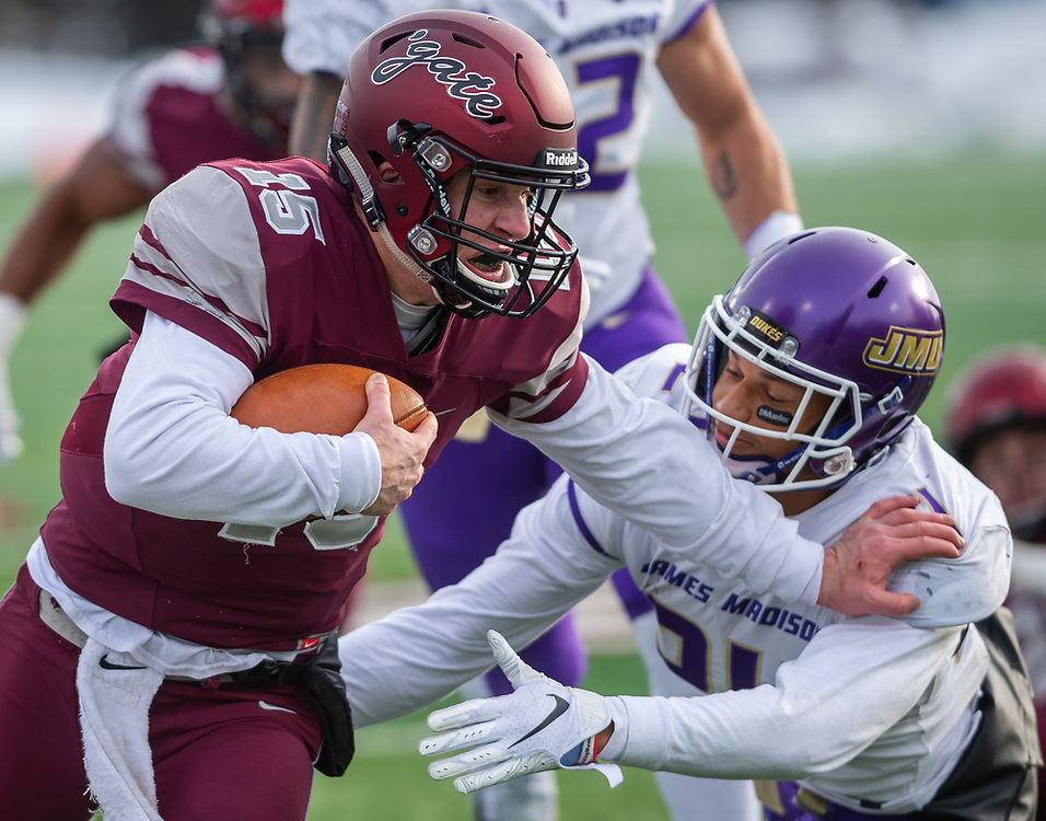 Colgate University competes against the James Madison University in the 2018 FSC Football Championship Second Round at the Andy Kerr Stadium at Colgate University, Dec. 1, 2018 in Hamilton, N.Y.<br /> [Mark DiOrio / Colgate University]