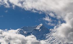 THEMENBILD - Trekkingtour in Nepal um die Annapurna Gebirgskette im Himalaya Gebirge. Das Bild wurde im Zuge einer 210 Kilometer langen Wanderung im Annapurna Gebiet zwischen 01. September 2012 und 15. September 2012 aufgenommen. im Bild Annapurna II (7937 m) // THEME IMAGE FEATURE - Trekking in Nepal around Annapurna massif at himalaya mountain range. The image was taken between september 1. 2012 and september 15. 2012. Picture shows Annapurna II (7937 m), NEP, EXPA Pictures © 2012, PhotoCredit: EXPA/ M. Gruber