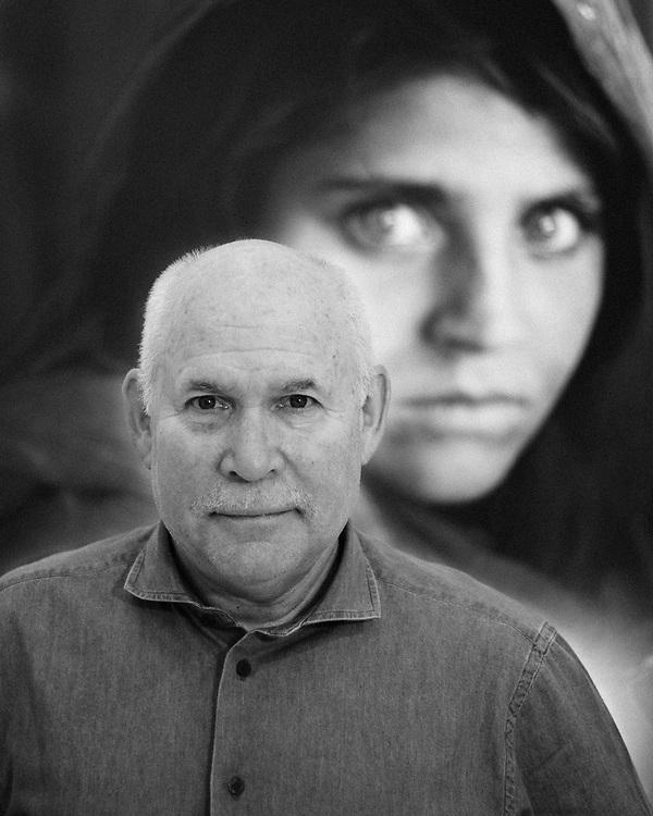 American photographer Steve McCurry. Naples, Italy. 2016.