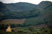 Sao Joao de Manhuacu_MG, Brasil...Rota Imperial. Na foto o municipio de Sao Joao de Manhuacu, Minas Gerais...The Royal-Imperial Route. In  this photo the Sao Joao de Manhuacu community, Minas Gerais...Foto: BRUNO MAGALHAES / NITRO