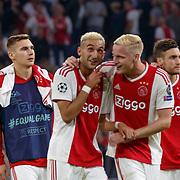 NLD/Amsterdam/20180919 - Ajax - AEK, nr 22 Hakim Ziyech en nr 6 Donny van de Beek