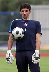 Goalkeeper Tomislav Butina at Practice od Dinamo Zagreb day before 1st match of 2nd Qualifying Round of UEFA Champions league between NK Domzale vs HNK Dinamo Zagreb, on July 29, 2008, in Domzale, Slovenia. (Photo by Vid Ponikvar / Sportal Images)