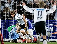 Oslo 23. oktober 2005, Tippeligaen, Frode Johnsen setter inn 2-0 målet, FOTO KURT PEDERSEN