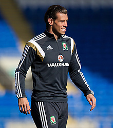 09.10.2014, City Stadium, Cardiff, ENG, FS Vorbereitung, Trainingslager, Nationalteam Wales, in Vorbereitung auf das kommende UEFA Euro 2016 Qualifikationsmatch gegen Bosnien Herzegovina am 10. Oktober in Cardiff, im Bild Wales' Gareth Bale // during a training session of the national footballteam of Wales in preparation for the upcoming EURO 2016 qualifying match against Bosnia and Herzegovina on 10. October 2014 in Cardiff, at the City Stadium in Cardiff, Great Britain on 2014/10/09. EXPA Pictures © 2014, PhotoCredit: EXPA/ Propagandaphoto/ David Rawcliffe<br /> <br /> *****ATTENTION - OUT of ENG, GBR*****