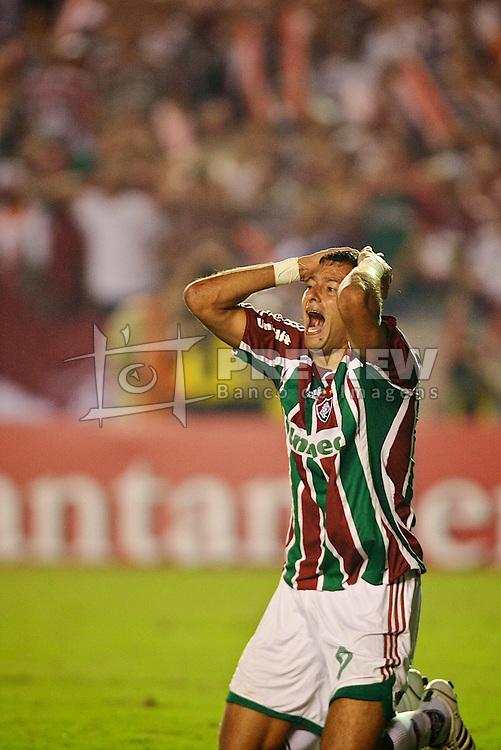 Washincton lamenta lance do jogo entre o Fluminense e a LDU válida pela Copa Libertadores da América 2008, em 03 de julho de 2008 no estádio Maracanã. FOTO: Jefferson Bernardes/Preview.com