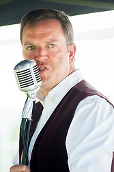 Andy White of the singing duo Jump Jive and Swing<br /> <br /> 26-27 July 2014<br /> Image © Paul David Drabble <br /> www.pauldaviddrabble.co.uk