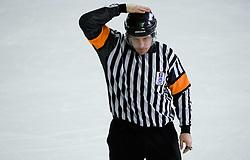 Kazen igre. Match penalty. Slovenski hokejski sodnik Damir Rakovic predstavlja sodniske znake. Na Bledu, 15. marec 2009. (Photo by Vid Ponikvar / Sportida)