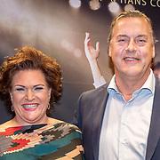 NLD/Amsterdam/20171002 - remiere Liesbeth List de Musical, Marjolein Touw en partner Rob