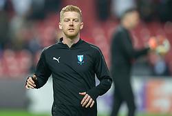 Anders Christiansen (Malmö FF) varmer op før kampen i UEFA Europa League mellem FC København og Malmö FF den 12. december 2019 i Telia Parken (Foto: Claus Birch).