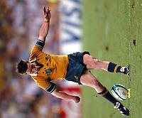 Photo: Richard Lane.<br />Australia v England. Rugby World Cup Final, at the Telstra Stadium, Sydney. RWC 2003. 22/11/2003. <br />Elton Flatley kicks the crucial kick to bring Australia level in extra time.