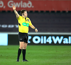 Referee Ben Whitehouse<br /> <br /> Photographer Simon King/Replay Images<br /> <br /> Guinness PRO14 Round 19 - Ospreys v Connacht - Friday 6th April 2018 - Liberty Stadium - Swansea<br /> <br /> World Copyright © Replay Images . All rights reserved. info@replayimages.co.uk - http://replayimages.co.uk