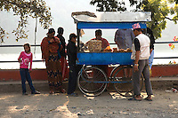 Street vendors are a common sight in the towns and cities of Nepal, like in most Asian cities. Treats range from bangles, T-shirts, nuts, doughnuts to fresh fruits.