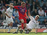 Photo: Lee Earle.<br /> Crystal Palace v Hull City. Coca Cola Championship. 06/10/2007. Hull's David Livermore (R) tackles Ben Watson.