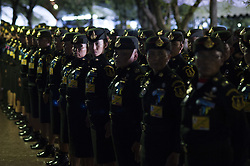 October 22, 2016 - Bangkok, Thailand - Soldier stand on duty outside the Grand Palace in Bangkok, Thailand, October 22, 2016. (Credit Image: © Anusak Laowilas/NurPhoto via ZUMA Press)