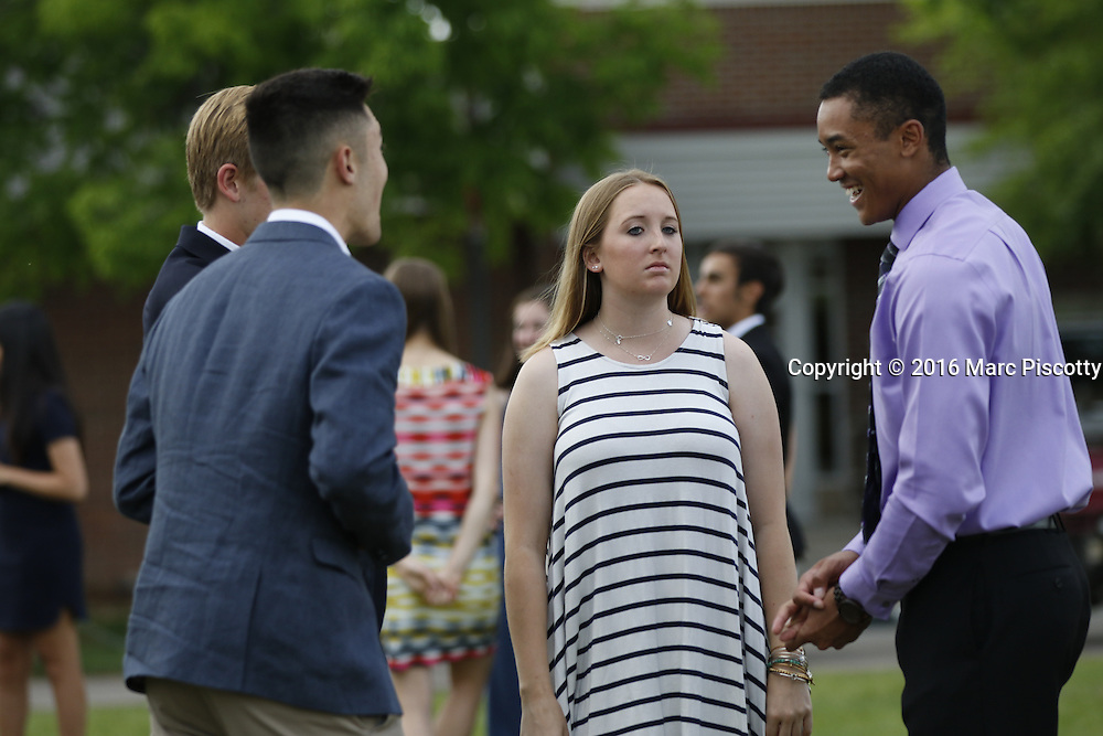 SHOT 6/1/16 5:00:31 PM - Colorado Academy Senior Class portrait in front of the Wellborn House and Class of 2016 Commencement Dinner at the Denver, Co. private school. (Photo by Marc Piscotty / © 2016)