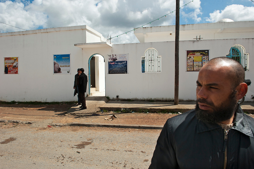 Sejenane is an example of a  Tunisian town that is in the grip of violent Salafis who rule here since April 2011. <br /> Salafi in front of the mosque, the Salafi have expelled the former Imman and installed a young Imman of 22 years old.<br /> <br /> Sejenane est sous l'emprise des  Salafistes violents qui y font la loi et y ont installé un régime de terreur depuis avril 2011. .Salafiste devant la mosquée, les salafistes ont chassé l'ancien Imman et installé un jeune imman salafiste de 22 ans.