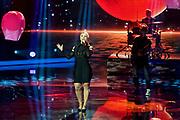 """Auftritt von Beatrice Egli bei der SRF-Pop-Schlager-Show """"Hello Again"""". Aufzeichnung vom 15. April 2018 in der Bodenseearena Kreuzlingen, Kanton Thurgau."""