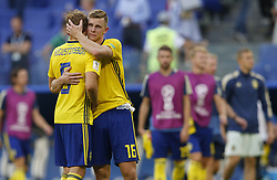July 7, 2018 - Samara, Rússia - SAMARA, SA - 07.07.2018: SWEDEN VS ENGLAND - Ludwig AUGUSTINSSON and Emil KRAFTH of Sweden during the game between Sweden and England valid for the quarterfinals of the 2018 World Cup held at the Samara Arena in Samara, Russia. (Credit Image: © Rodolfo Buhrer/Fotoarena via ZUMA Press)