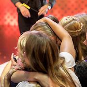 NLD/Amsterdam/20161025 - finale Holland Next Top model 2016, winnares Akke Marije Marinus en vriendinnen