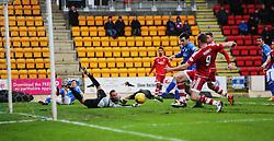 Aberdeen's Rooney scoring their first goal. <br /> half time : St Johnstone 0 v 2 Aberdeen, SPFL Ladbrokes Premiership played 6/2/2016 at McDiarmid Park, Perth.