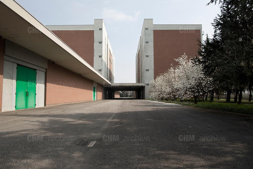 L' esterno della nuova fabbrica Mivar, vuota e mai utilizzata, Abbiategrasso 18 marzo 2014. Guido Montani / OneShot