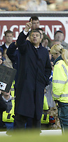 Fotball<br /> Premier League 2004/2005<br /> Foto: SBI/Digitalsport<br /> NORWAY ONLY<br /> <br /> Everton v Tottenham Hotspur<br /> Barclays Premiership.<br /> 03/10/2004.<br /> <br /> Spurs manager Jaques Santini signals to his team